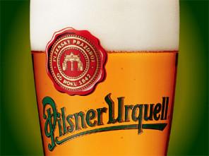 Sklenice piva s logem Pilsner Urgquell