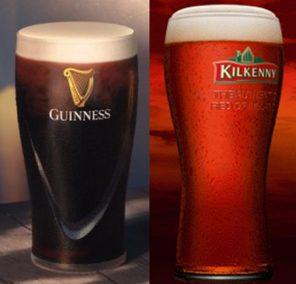 sklenice piva Guinness a Kilkenny